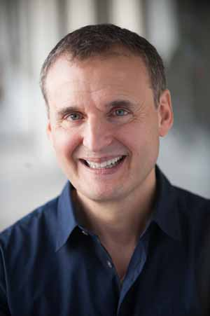 Phil Rosenthal was born in Queens, New York and moved with his parents and brother to New City, New York in Rockland County, where he was raised. After graduating from Hofstra University on Long Island, where he majored in theater, he embarked on a career as an actor, writer and director in New York City. In 1989, he relocated to Los Angeles.