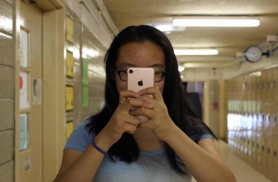 Megan+Yin+%E2%80%9918+is+an+avid+user+of+the+iPhone+7.