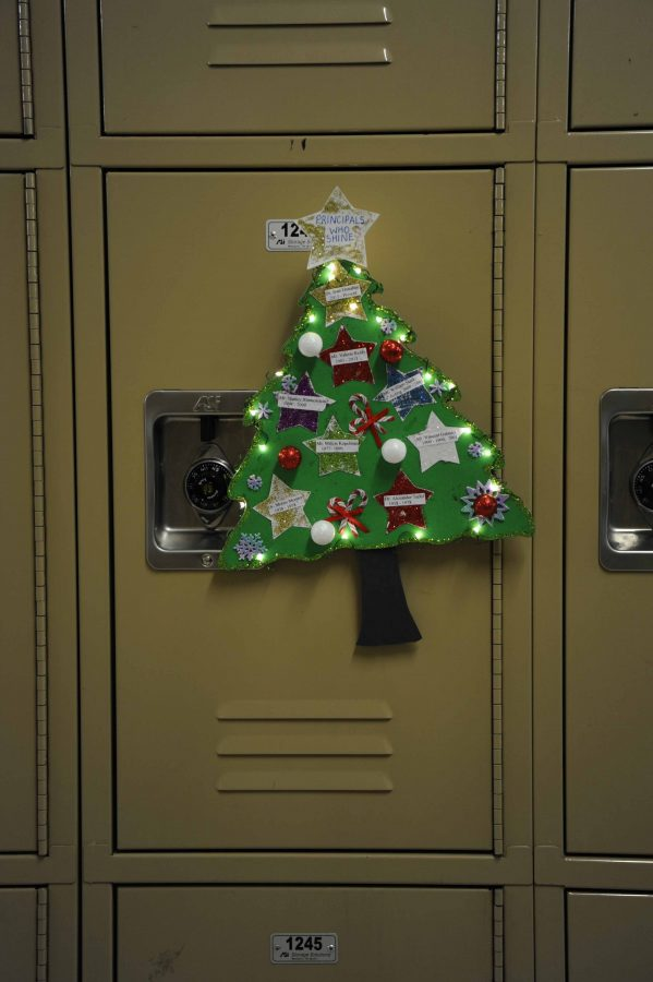 This+lit-up+Christmas+tree+on+a+locker+on+the+second+floor+featured+all+of++the+Principals%2C+past+and+present%2C+from+Bronx+Science.