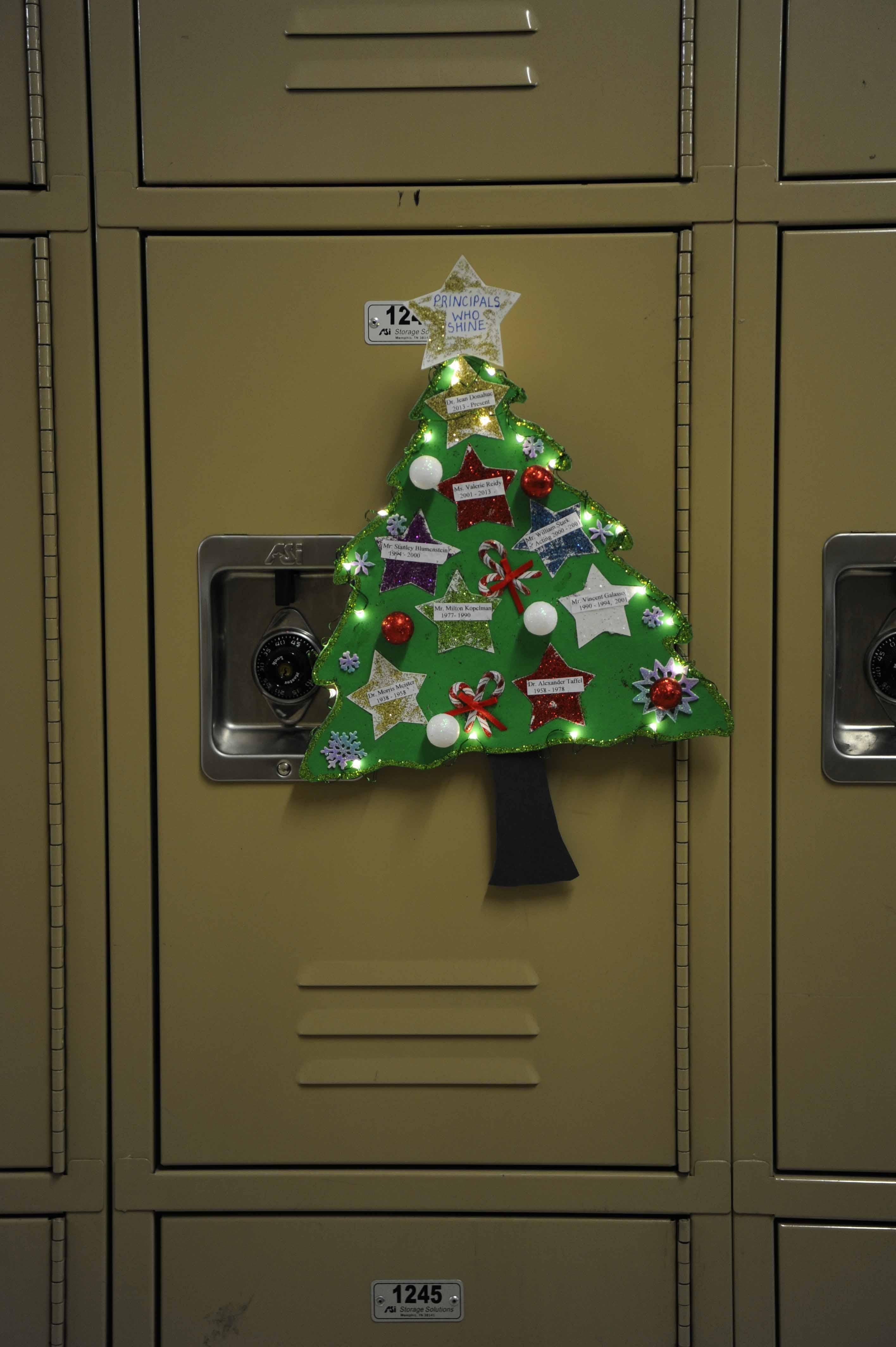 Students Showcase Their Holiday Spirit The Science Survey