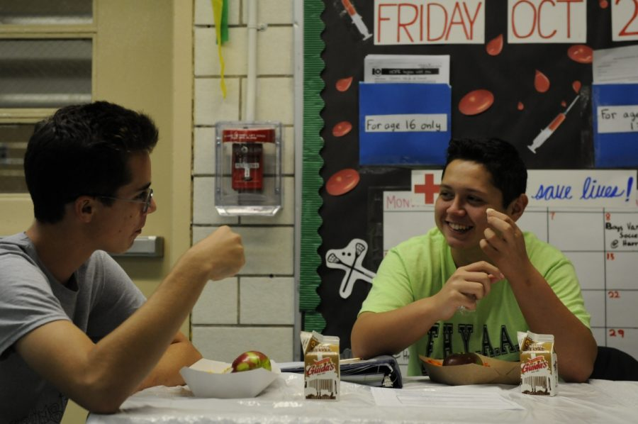 "Eytan Stanton '19 (pictured left) and Matthew Burke '18 (pictured right) enjoy the ""Free Lunch for All"" initiative launched at the beginning of the 2017-2018 school year."