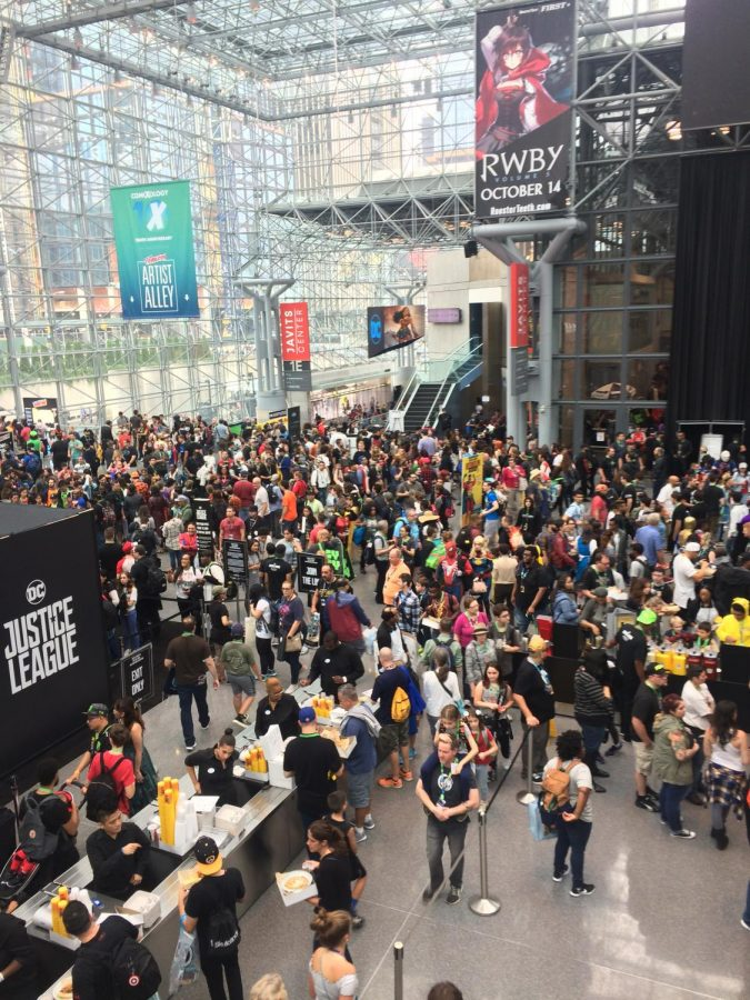 Fans in the lobby of the Javits Center during the 2017 New York Comic Con.
