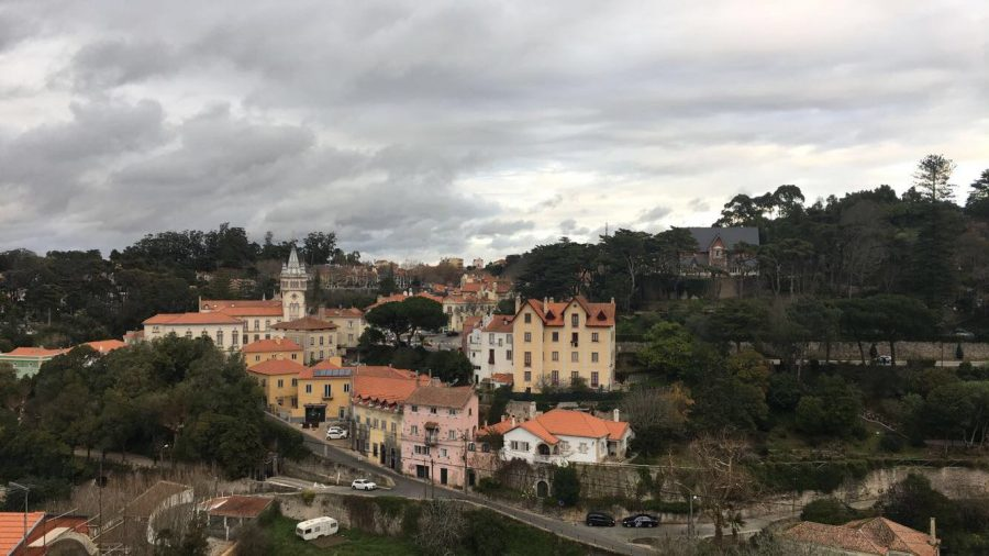 Chloe Frajmund '19 enjoys Portugal's scenery from afar.