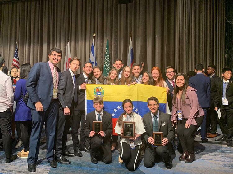 Students+from+Colegio+Moral+y+Luces+Herzl-Bialik+in+Venezuela+attend+the+National+High+School+Model+UN+%28NHSMUN%29+conference+at+the+New+York+Hilton+Midtown.