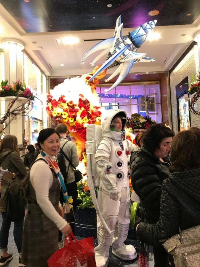 In light of this year's out-of-the-world theme, the department store has welcomed various acts, such as this astronaut, to indulge the audience for an even more animated atmosphere.