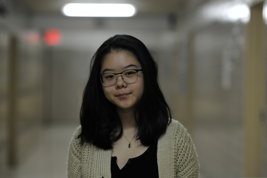 Nina Wang '20 believes that a total ban on E-cigarettes and vaping products will mainly bring unintended adverse outcomes, such as an influx of smokers flocking to the black market.