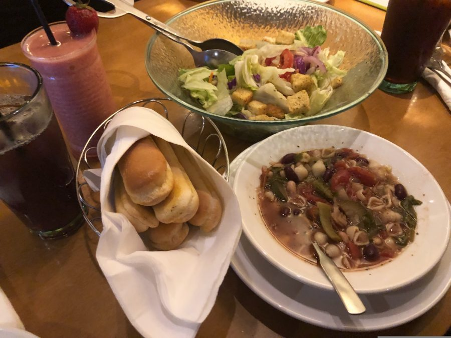 My meal during my second visit to Olive Garden consisted of breadsticks, a Famous House salad, and Minestrone soup, all which are included in the Pasta Pass deal.