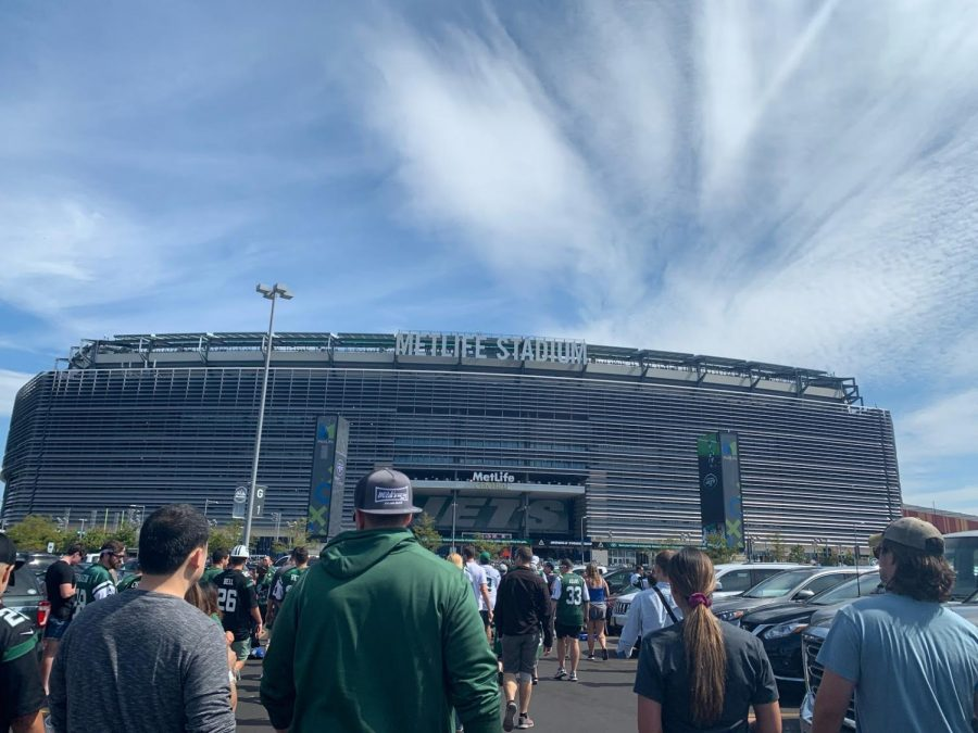 Here is the MetLife Stadium before a New York Jets game prior to the COVID-19 pandemic.