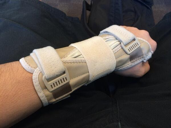 Al-Yami had to go on hiatus due to severe and sustained hand injuries, including a small tear in the ECU tendon, a damaged TFCC cartilage pad, and his FCU tendon being fused with scar tissue. Even after undergoing multiple surgeries, he was unable to use a GameCube controller.