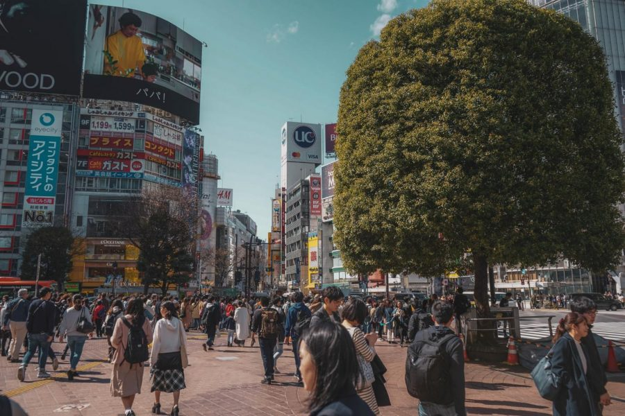 Post-computer production was put into use in order to recreate Shibuya City on a massive scale, where 'Alice in Borderland' begins.