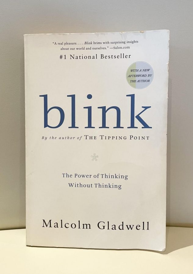 Blink, Gladwell's bestselling book 'Blink' uses several anecdotes to cleverly explain what happens during the first two seconds of an instinctive detection. This work of nonfiction shifts readers' perspectives about their own snap judgements and revolutionizes the way they look at the world.