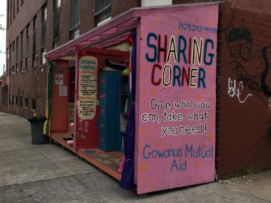 The+Gowanus+Mutual+Aid%27s+%22Sharing+Corner%22+is+open+for+all+to+give+and+receive+based+on+their+need+or+capacity.+